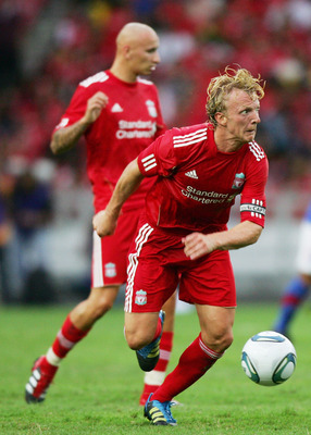 KUALA LUMPUR, MALAYSIA - JULY 16: Dirk Kuyt of Liverpool controls the ball during the pre-season friendly match between Malaysia and Liverpool at the Bukit Jalil National Stadium on July 16, 2011 in Kuala Lumpur, Malaysia. (Photo by Stanley Chou/Getty Ima