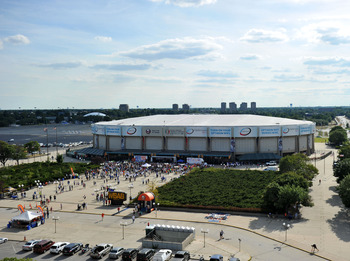 UNIONDALE, NY - JULY 27: A general view of Nassau Coliseum during the fan rally on July 27, 2011 in Uniondale, New York. (Photo by Christopher Pasatieri/Getty Images)