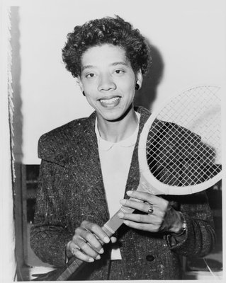 Photo courtesy http://9ways.gloriafeldt.com/2011/03/03/sportswomen-%E2%80%93-how-alice-marble-led-the-way-for-althea-gibson/