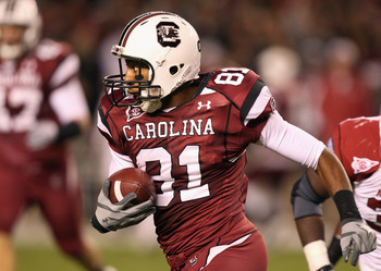 COLUMBIA, SC - NOVEMBER 06: Tori Gurley #81 of the South Carolina Gamecocks during their game against the Arkansas Razorbacks at Williams-Brice Stadium on November 6, 2010 in Columbia, South Carolina.  (Photo by Streeter Lecka/Getty Images)
