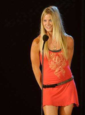 HOLLYWOOD - JULY 19:  Olympic snowboarder Hannah Teter accepts the Do Something Athlete Award onstage at the 2010 VH1 Do Something! Awards held at the Hollywood Palladium on July 19, 2010 in Hollywood, California.  (Photo by Michael Caulfield/Getty Images