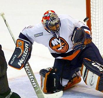 Luongo_islanders_display_image