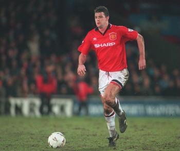 7 MAR 1995:  GARY PALLISTER OF MANCHESTER UNITED IN ACTION DURING A PREMIERSHIP MATCH AGAINST WIMBLEDON AT SELHURST PARK. MANCHESTER WON THE GAME 1-0. Mandatory Credit: Mike Hewitt/ALLSPORT