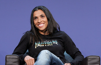 ZURICH - SWITZERLAND  DECEMBER 21:  Brazil's Marta during a Press Conference for the FIFA 2009 Women's Player of the Year at the Kongresshaus on December 21, 2009 in Zurich, Switzerland.  (Photo by Pascal Muller/Getty Images)