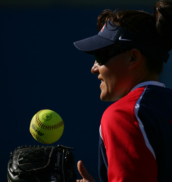 LOS ANGELES, CA - APRIL 22:  Lisa Fernandez , pitcher for the USA softball team before the game against the UCLA Bruins Softball team on April 22, 2008 at Easton Stadium in Los Angeles, California.  (Photo by Robert Laberge/Getty Images)