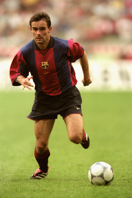 5 Aug 2000:  Marc Overmars of Barcelona in action during the Pre-Season Friendly Tournament match against Lazio at the Amsterdam ArenA, in Amsterdam, Holland. The match ended in a 3-3 draw. \ Mandatory Credit: Shaun Botterill /Allsport