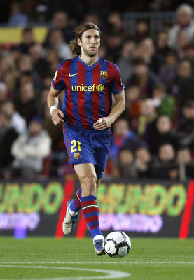 BARCELONA, SPAIN - NOVEMBER 07:  Dmitro Chygrinskiy in action during the La Liga match between Barcelona and Mallorca at the Camp Nou Stadium on November 7, 2009 in Barcelona, Spain. Barcelona won the match 4-2.  (Photo by Angel Martinez/Getty Images)