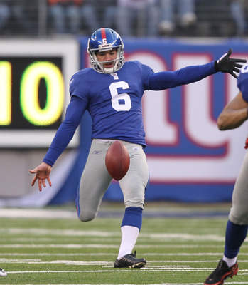 EAST RUTHERFORD, NJ - DECEMBER 19:  Matt Dodge #6 of the New York Giants punts the ball to the Philadelphia Eagles during their game on December 19, 2010 at The New Meadowlands Stadium in East Rutherford, New Jersey.  (Photo by Al Bello/Getty Images)