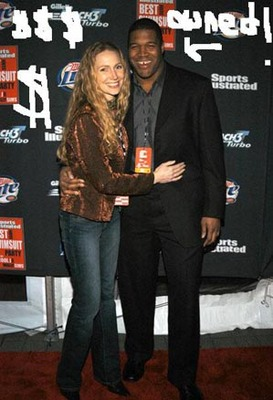Strahan_display_image
