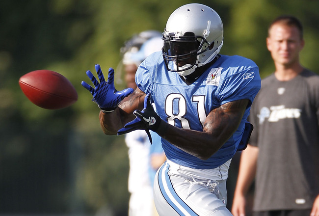ALLEN PARK, MI - AUGUST 05:  Calvin Johnson #81 of the Detroit Lions catches a pass during training camp at the Detroit Lions Headquarters and Training Facility on August 5, 2010 in Allen Park, Michigan.  (Photo by Gregory Shamus/Getty Images)