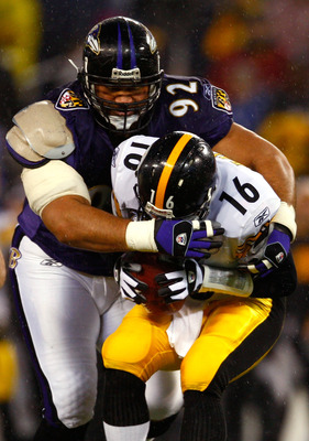 BALTIMORE - DECEMBER 30:  Haloti Ngata #92 of the Baltimore Ravens sacks quarterback Charlie Batch #16 of  the Pittsburgh Steelers during the game at M&T Bank Stadium December 30, 2007 in Baltimore, Maryland.  (Photo by Jamie Squire/Getty Images)