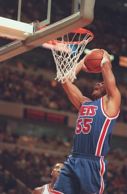 17 Nov 1995:  Jayson Williams #55 of the New Jersey Nets goes up for a basket during their 109-94 defeat by the Chicago Bulls at the United Center in Chicacgo, Illinois. Mandatory Credit: Jonathan Daniel/Allsport