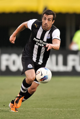 COLUMBUS, OH - JULY 26: Sanchez Jose Enrique #3 of Newcastle United FC controls the ball against the Columbus Crew on July 26, 2011 at Crew Stadium in Columbus, Ohio. (Photo by Jamie Sabau/Getty Images)