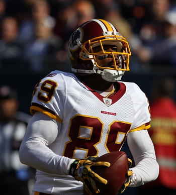 CHICAGO - OCTOBER 24: Santana Moss #89 of the Washington Redskins hauls in a touchdown pass against the Chicago Bears at Soldier Field on October 24, 2010 in Chicago, Illinois.  The Redskins defeated the Bears 17-14. (Photo by Jonathan Daniel/Getty Images