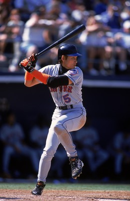 16 Aug 2001:  Tsuyoshi Shinjo #5 of the New York Mets at bat during the game against the San Diego Padres at Qualcomm Stadium in San Diego, California. The Padres defeated the Mets 6-5.Mandatory Credit: Scott Halleran  /Allsport