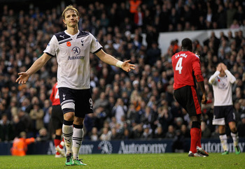 LONDON, ENGLAND - NOVEMBER 13:  Roman Pavlyuchenko of Tottenham misses a penalty during the Barclays Premier League match between Tottenham Hotspur and Blackburn Rovers at White Hart Lane on November 13, 2010 in London, England.  (Photo by Hamish Blair/Ge