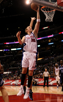 LOS ANGELES, CA - NOVEMBER 03:  Chris Kaman #35 of the Los Angeles Clippers shoots against the Utah Jazz on November 3, 2008 at Staples Center in Los Angeles, California.  The Jazz won 89-73.   NOTE TO USER: User expressly acknowledges and agrees that, by