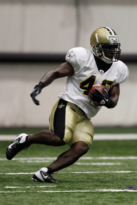 METAIRIE, LA - AUGUST 05:  Darren Sproles #43 of the New Orleans Saints works out during practice at the New Orleans Saints training facility on August 5, 2011 in Metairie, Louisiana.  (Photo by Chris Graythen/Getty Images)