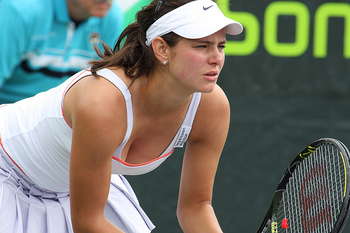 Julia-goerges2_display_image