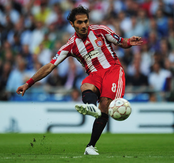 MADRID, SPAIN - MAY 22:  Hamit Altintop of Bayern Munich in action during the UEFA Champions League Final match between FC Bayern Muenchen and Inter Milan at the Estadio Santiago Bernabeu on May 22, 2010 in Madrid, Spain.  (Photo by Shaun Botterill/Getty