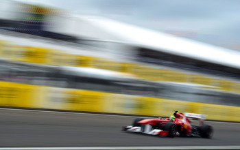 BUDAPEST, HUNGARY - JULY 31:  Felipe Massa of Brazil and Ferrari drives during the Hungarian Formula One Grand Prix at the Hungaroring on July 31, 2011 in Budapest, Hungary.  (Photo by Lars Baron/Getty Images)