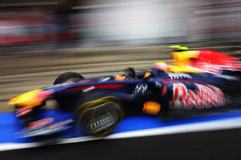 BUDAPEST, HUNGARY - JULY 31:  Mark Webber of Australia and Red Bull Racing drives in for a pitstop during the Hungarian Formula One Grand Prix at the Hungaroring on July 31, 2011 in Budapest, Hungary.  (Photo by Mark Thompson/Getty Images)