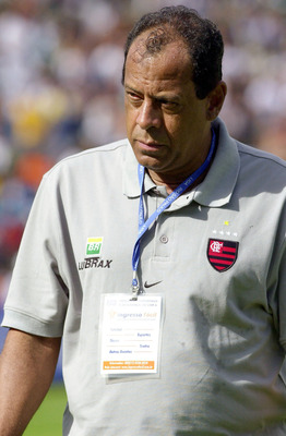 20 Jan 2002: Carlos Alberto Torres, coach of Flamengo, watches the action during the Rio-Sao Paulo Championship match between Palmeiras and Flamengo, played at Parque Antartica Stadium, Sao Paulo.  DIGITAL IMAGE Mandatory Credit: Allsport UK/ALLSPORT