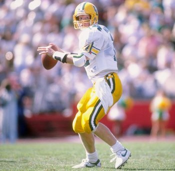 23 Sep 1989:  Quarterback Bill Musgrave of the Oregon Ducks drops back to pass during a game against the Stanford Cardinal at Stanford Stadium in Stanford, California.  Stanford won the game 18-17. Mandatory Credit: Otto Greule  /Allsport