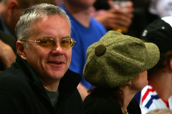 NEW YORK - APRIL 18:  Tim Robbins and Susan Sarandon watch as the New York Rangers take on the Atlanta Thrashers during the first period of game four of the 2007 Eastern Conference Quarterfinals on April 18, 2007 at Madison Square Garden in New York City.