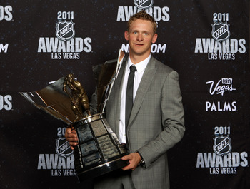 LAS VEGAS, NV - JUNE 22:  Corey Perry of the Anaheim Ducks poses after winning the Hart Memorial Trophy during the 2011 NHL Awards at The Pearl concert theater at the Palms Casino Resort June 22, 2011 in Las Vegas, Nevada.  (Photo by Bruce Bennett/Getty I