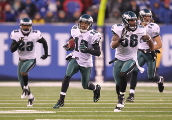 EAST RUTHERFORD, NJ - DECEMBER 19:  DeSean Jackson #10 of the Philadelphia Eagles returns a punt for the winning touchdown as time runs out defeating the New York Giants 38-31 during their game on December 19, 2010 at The New Meadowlands Stadium in East R