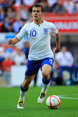 LONDON, ENGLAND - JUNE 04:  Jack Wilshere of England in action during the UEFA EURO 2012 group G qualifying match between England and Switzerland at Wembley Stadium on June 4, 2011 in London, England.  (Photo by David Cannon/Getty Images)