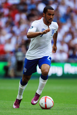 LONDON, ENGLAND - JUNE 04:  Theo Walcott of England in action during the UEFA EURO 2012 group G qualifying match between England and Switzerland at Wembley Stadium on June 4, 2011 in London, England.  (Photo by David Cannon/Getty Images)