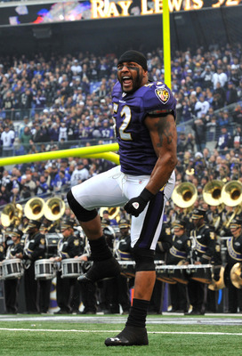 BALTIMORE, MD - JANUARY 2:  Ray Lewis #52 of the Baltimore Ravens is introduced before the game against the Cincinnati Bengals  at M&T Bank Stadium on January 2, 2011 in Baltimore, Maryland. The Ravens defeated the Bengals 13-6. (Photo by Larry French/Get