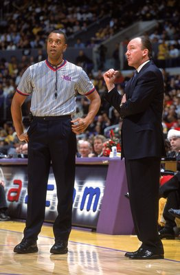25 Dec 2000:  Head Coach Mike Dunleavy of the Portland Trail Blazers talks to Referee Michael Smith during the game against the Los Angeles Lakers at the STAPLES Center in Los Angeles, California. The Trail Blazers defeated the Lakers 109-104.   NOTE TO U