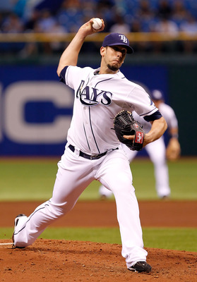 ST PETERSBURG, FL - AUGUST 03:  :  Pitcher James Shields #33 of the Tampa Bay Rays pitches against the Toronto Blue Jays during the game at Tropicana Field on August 3, 2011 in St. Petersburg, Florida.  (Photo by J. Meric/Getty Images)