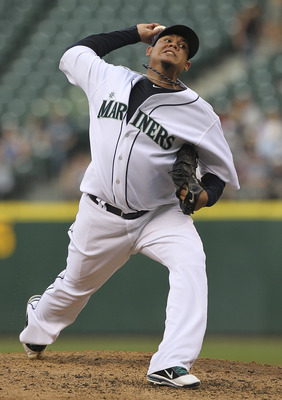 SEATTLE - AUGUST 02:  Starting pitcher Felix Hernandez #34 of the Seattle Mariners pitches against the Oakland Athletics at Safeco Field on August 2, 2011 in Seattle, Washington. (Photo by Otto Greule Jr/Getty Images)