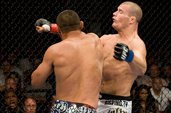 Henderson_vs_bisping_display_image