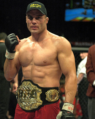 Randy-couture-mma-fighter_display_image