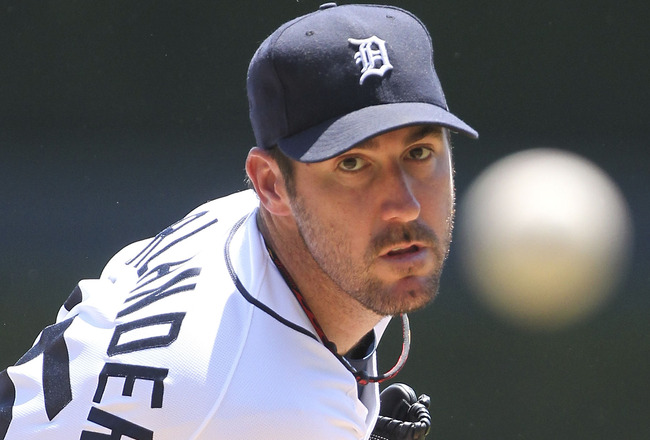 DETROIT - JUNE 30: Justin Verlander #35 of the Detroit Tigers warms up prior to the start of the second inning of the game against the New York Mets at Comerica Park on June 30, 2011 in Detroit, Michigan.  (Photo by Leon Halip/Getty Images)