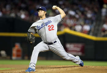 PHOENIX, AZ - AUGUST 07:  Starting pitcher Clayton Kershaw #22 of the Los Angeles Dodgers pitches against the Arizona Diamondbacks during the Major League Baseball game at Chase Field on August 7, 2011 in Phoenix, Arizona.  (Photo by Christian Petersen/Ge