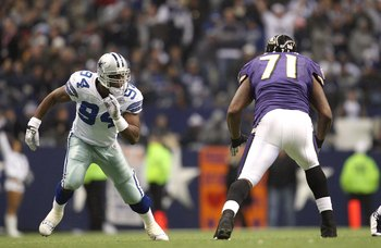 IRVING, TX - DECEMBER 20:  DeMarcus Ware #94 of the Dallas Cowboys rushes the passer from the right side of the defense during their NFL game against the Baltimore Ravens at Texas Stadium on December 20, 2008 in Irving, Texas. The Ravens defeated the Cowb