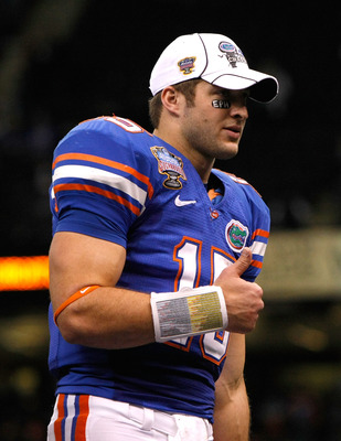 NEW ORLEANS - JANUARY 01:  Tim Tebow #15 of the Florida Gators celebrates after defeating the Cincinnati Bearcats 24-51 in the Allstate Sugar Bowl at the Louisana Superdome on January 1, 2010 in New Orleans, Louisiana.  (Photo by Kevin C. Cox/Getty Images