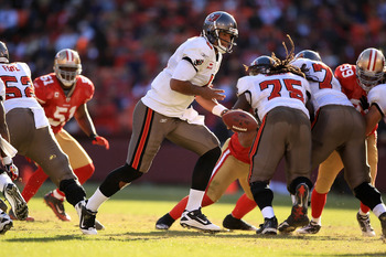 SAN FRANCISCO - NOVEMBER 21:  Josh Freeman #5 of the Tampa Bay Buccaneers in action against the San Francisco 49ers at Candlestick Park on November 21, 2010 in San Francisco, California.  (Photo by Ezra Shaw/Getty Images)