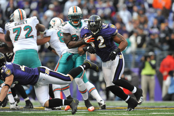 BALTIMORE, MD - NOVEMBER 7:  Ray Lewis #52 of the Baltimore Ravens defends against the Miami Dolphins at M&T Bank Stadium on November 7, 2010 in Baltimore, Maryland. The Ravens defeated the Dolphins 26-10. (Photo by Larry French/Getty Images)