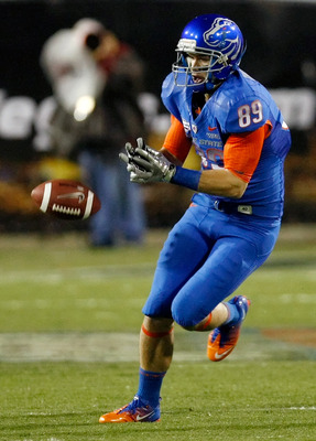 LAS VEGAS, NV - DECEMBER 22:  Tyler Shoemaker #89 of the Boise State Broncos misses a pass during the MAACO Bowl Las Vegas against the Utah Utes at Sam Boyd Stadium December 22, 2010 in Las Vegas, Nevada. Boise State Won 26-3.  (Photo by Ethan Miller/Gett