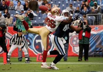 NASHVILLE, TN - NOVEMBER 27: Shawntee Spencer #36 of the San Francisco 49ers breaks up a pass in the end zone intended for Erron Kinney #88 of the Tennessee Titans during week 12 NFL action on November 27, 2005 at the Coliseum in Nashville, Tennessee.  (P