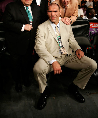 LOS ANGELES, CA - SEPTEMBER 02:  WBC President Jose Sulaiman, boxer Nikolai Valuev and Wilford Southerland of Germany, pose for a picture before the fight between James Toney and Samuel Peter during their WBC heavyweight title elimination/NABF & IBA heavy