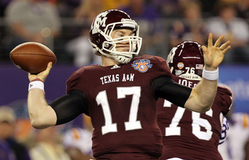 ARLINGTON, TX - JANUARY 07:  Quarterback Ryan Tannehill #17 of the Texas A&M Aggies throws against the LSU Tigers during the AT&T Cotton Bowl at Cowboys Stadium on January 7, 2011 in Arlington, Texas.  (Photo by Ronald Martinez/Getty Images)