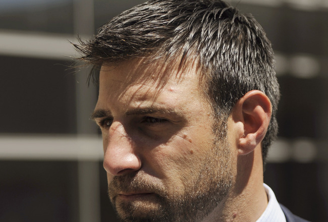 MINNEAPOLIS, MN - MAY 17: Linebacker Mike Vrabel of the Kansas City Chiefs speaks to members of the media after leaving court ordered mediation at the U.S. Courthouse on May 17, 2011 in Minneapolis, Minnesota. As the NFL lockout remains in place mediation